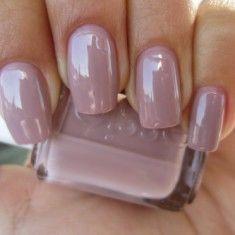 Акриловий лак для нігтів - краса, елегантність і безпеку