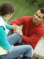 Колір одягу чоловіка впливає на вибір жінки