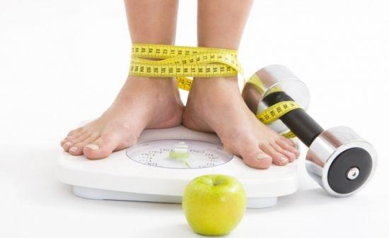 Як схуднути без розтяжок на шкірі: допомога професіоналів або народні кошти?