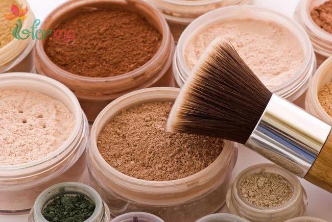 Як правильно нанести пудру: робимо макіяж
