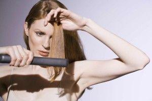 Як вибрати щипці для випрямлення волосся: поради новачкам