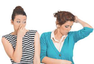Який дезодорант вибрати: особливості застосування гігієнічних засобів і їх вплив