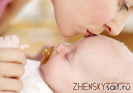 ніж лікувати горло у дитини до року