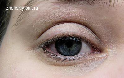 Ліловий вечірній макіяж для сірих очей: поетапний майстер клас з фото