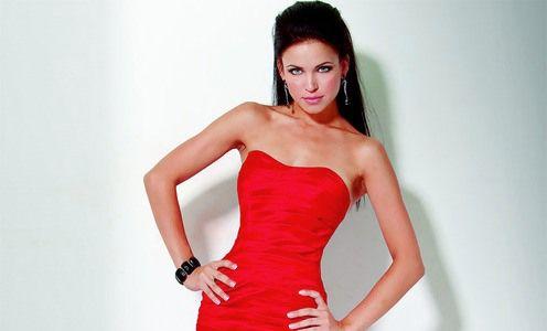 Манікюр під червоне плаття - додаток чарівною образу