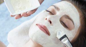 Маска для обличчя з сиру як альтернатива косметичним засобам