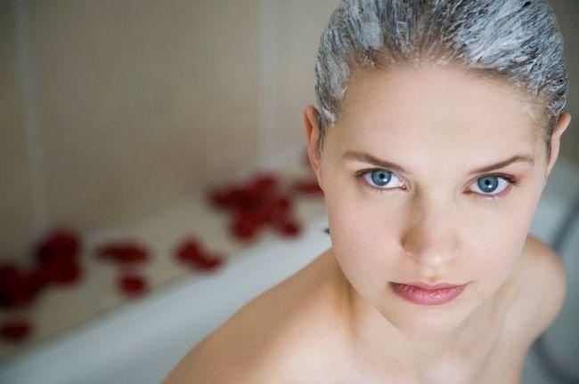 Рецепти масок з кислого молока для волосся