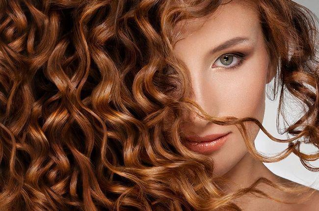 Як сметана впливає на волосся?