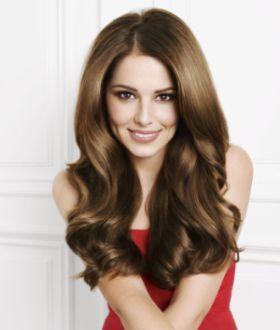 Волосся красивої дівчини