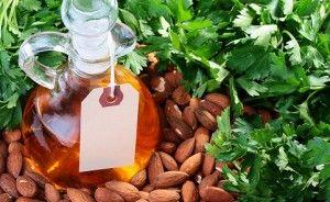 Мигдальне масло для росту вій: особливості, правила нанесення, результат
