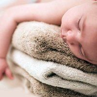 Мармурова шкіра у грудничка, причини та способи лікування