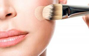Новий тональний крем діор: макіяж в стилі модних показів