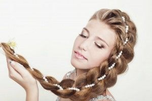 Рости, коса, до пояса, що не впустила ні волоса. Мудрі предки, або зачіска на довге волосся