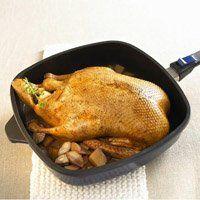 Рецепт фаршированої качки в духовці, готуємо смачну птицю