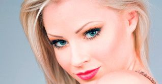 Татуаж брів для різних типів блондинок