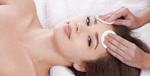 Вакуумна чистка обличчя - ефективна процедура для шкіри, методика, поради, відео