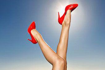 Волохаті жіночі ноги: мода повертається?